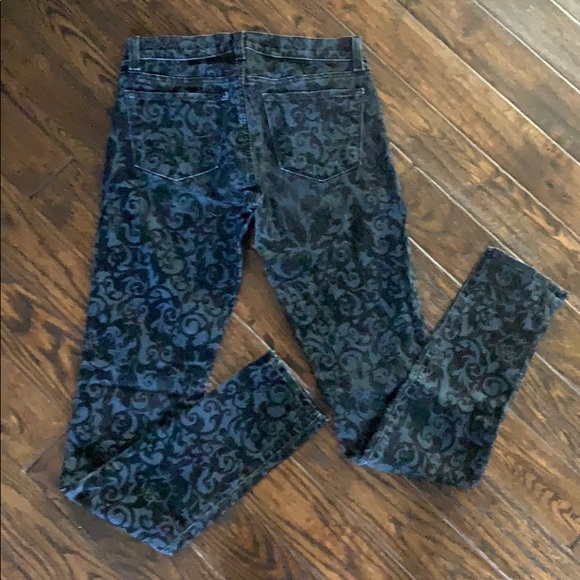 J Brand Denim - Darling J Brand Jeans w/ Black Design Size 25.